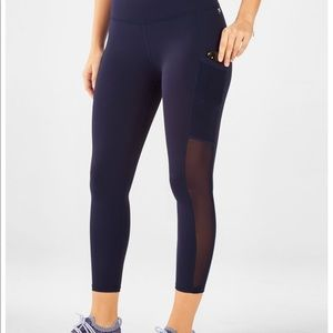 Fabletics Mila Pocket Capris